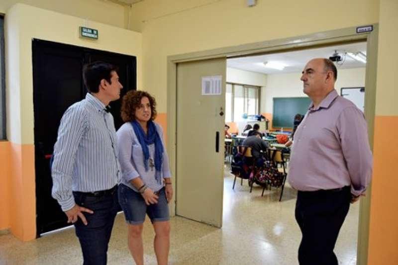Visita a uno de los colegios de Burjassot. EPDA