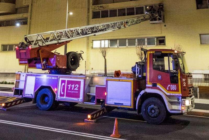 Camión de bomberos en el lugar de un incendio. EFE/Archivo