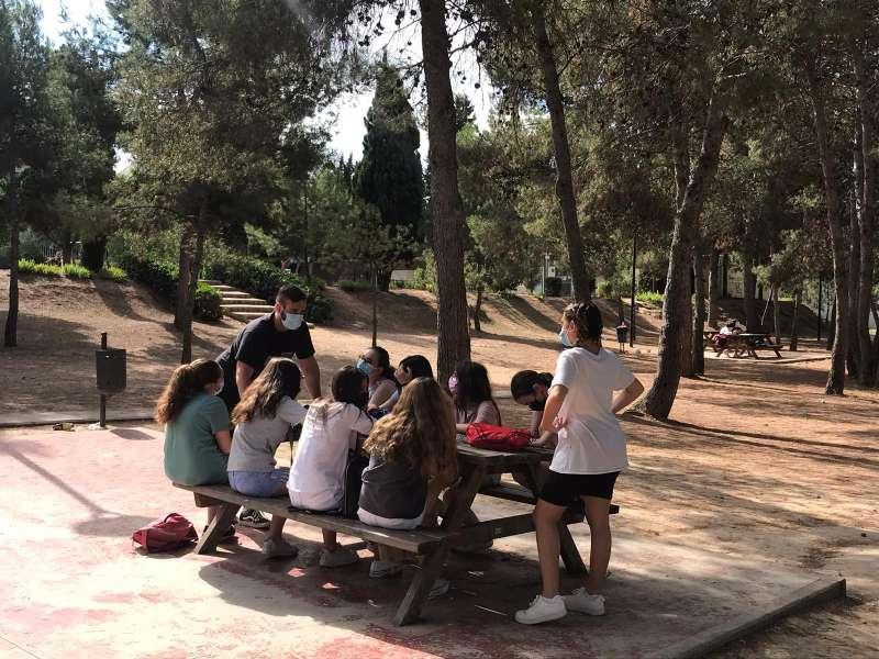 Jóvenes participando en una de las actividades de la Casa de la Juventud.