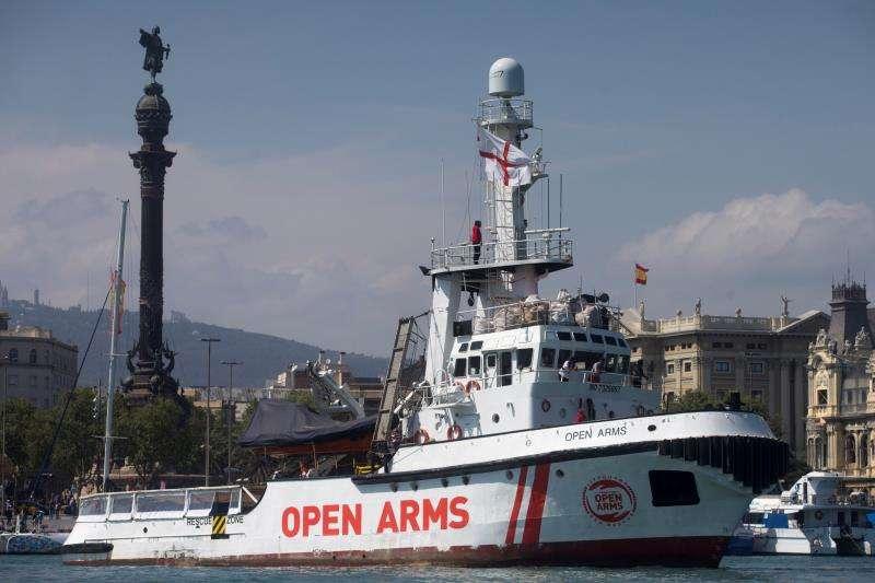 El buque de la ONG Proactiva Open Arms, en el puerto de Barcelona. EFE/Archivo