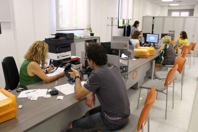 L 39 ajuntament de la pobla de vallbona accelera proc s de for Oficina de treball