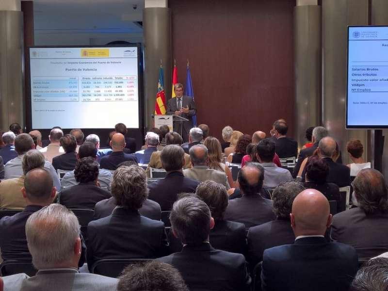 Aurelio Martínez, durante la presentación de los datos de la APV. FOTO EPDA