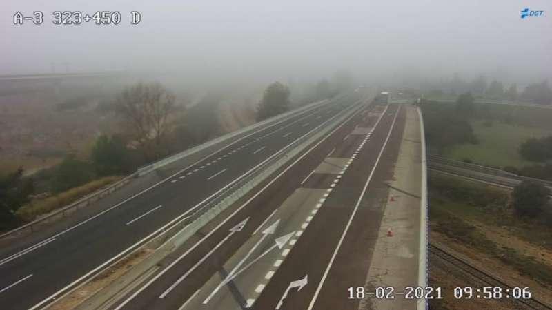 Niebla en la A3 en Chiva en el km 323.