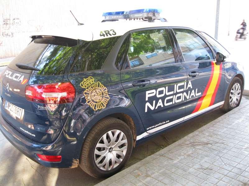 Coche de la Polic�a Nacional. EPDA