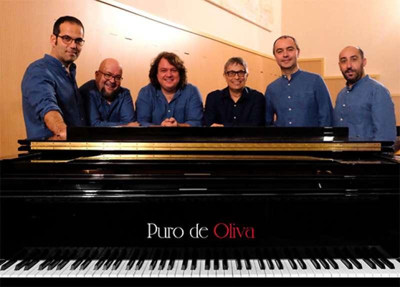 Chano Domínguez junto a Spanish Brass. EPDA