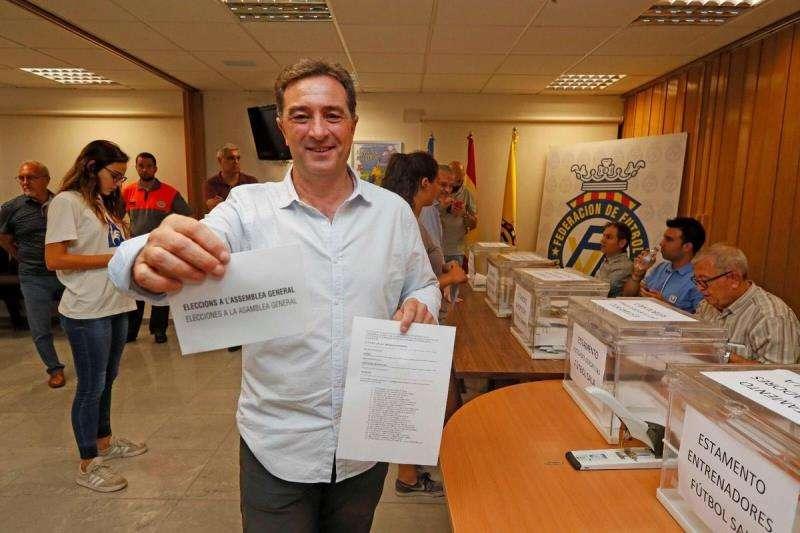 Gomar, el día de las elecciones a la asamblea general, en una imagen difundida por él.