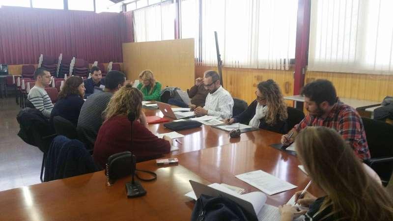 Els tècnics de joventut reunits a la Mancomunitat Camp de Túria. //EPDA