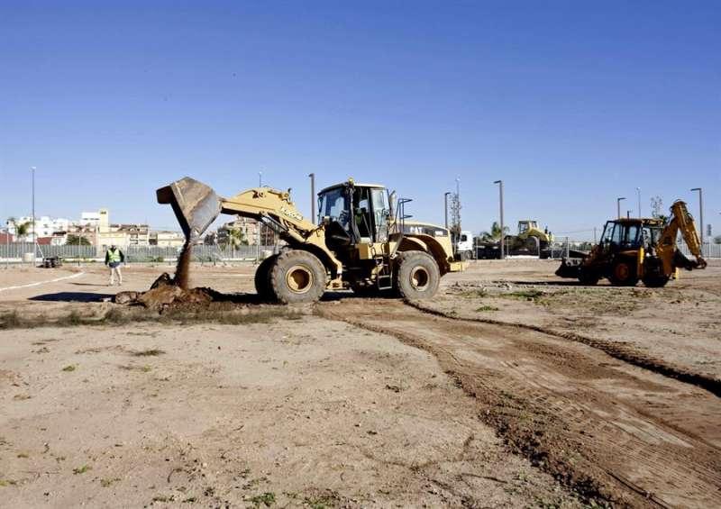 Obras para la construcción de una empresa. EFE/Archivo
