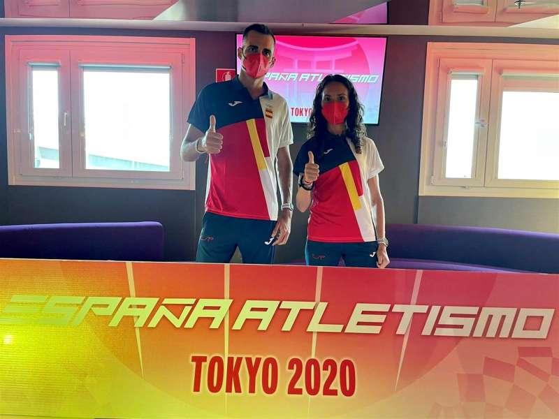 Dos de los atletas valencianos que participarán en los JJ.OO. en Tokio, Luis Corchete y Laura Méndez.