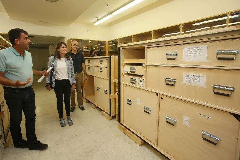 Varias de la cajas en las que se transportarán las piezas. EFE/ Imagen cedida por la Diputación de Alicante.