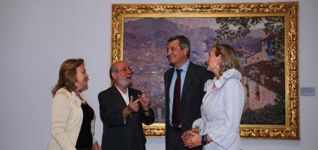 El secretario autonómico de Cultura y Deporte, Rafael Ripoll inaugura la muestra sobre Muñoz Degraín en el museo San Pío V. Foto EPDA