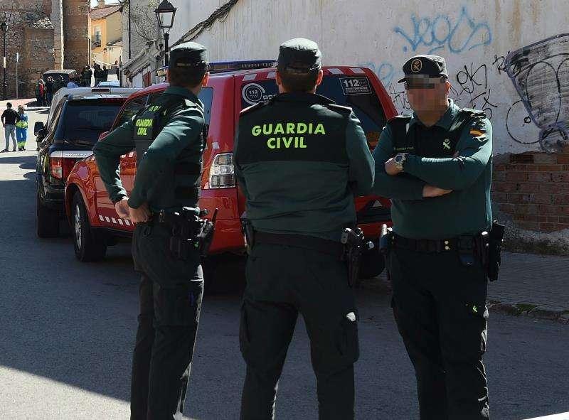 Varios guardias civiles durante una operación. EFE/Archivo