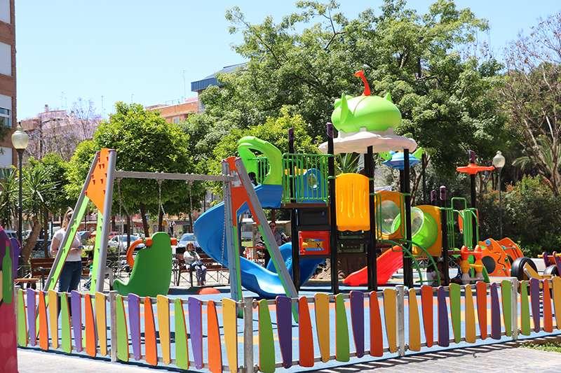Parque infantil  reformado del Tribunal de las Aguas