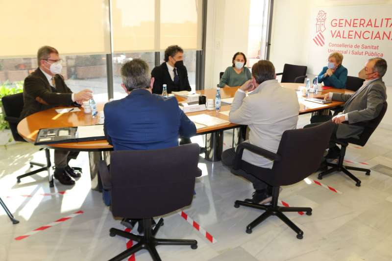 Mesa de diálogo de Sanidad con representantes de Conhostur, Fotur y la CEV