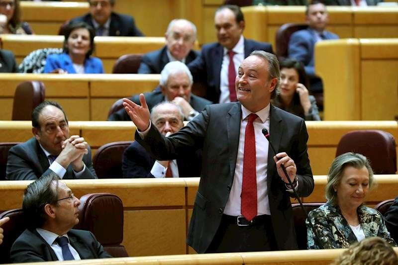 El senador y expresident de la Generalitat Alberto Fabra (PP). EFE