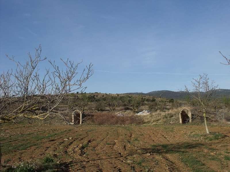 Las dos entradas al refugio antiaéreo de El Toro