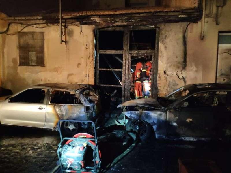Daños causados por el incendio, en una imagen del Consorcio de Bomberos. EPDA.