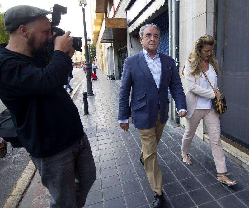El abogado y cuñado de Rita Barberá, José Corbín (c). EFE/Archivo
