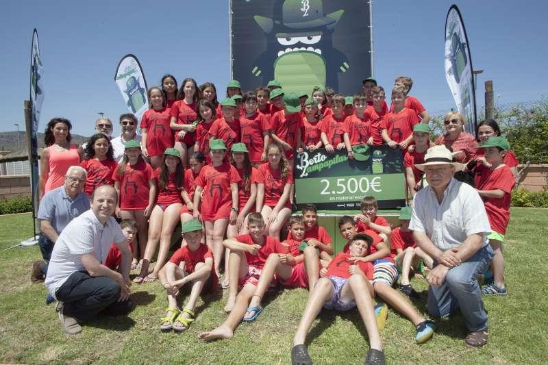 El colegio El Sabinar de Aras de los Olmos gana un premio de la campaña de recogida de pilas de la Comunitat Valenciana