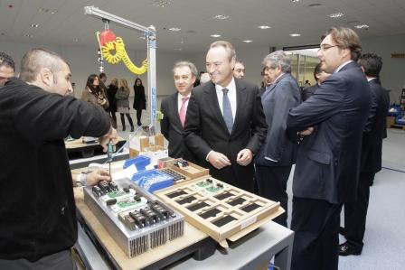 Alberto Fabra asiste a la inauguración de la nueva fábrica de Power Electronics España, S.L. en Higueruelas. Foto EPDA