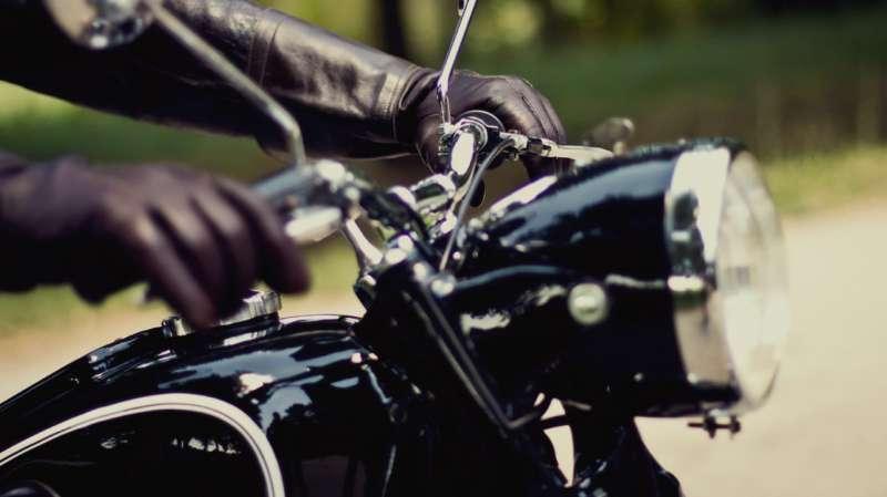 Viajar en moto este verano.
