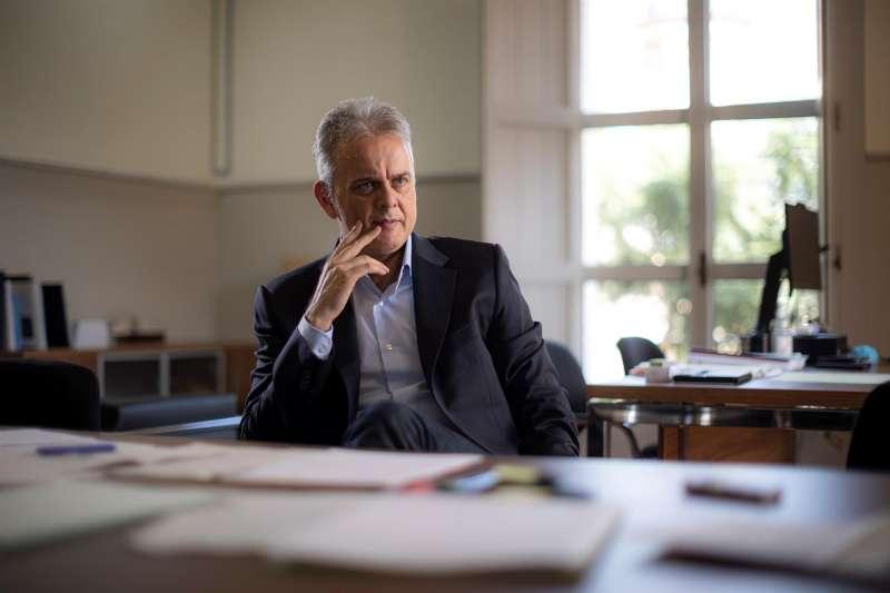 El nuevo vicepresidente segundo del Gobierno valenciano, Héctor Illueca. EFE