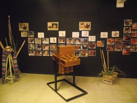 La pieza estrella de la exposición es una ?matraca? elaborada en madera. FOTO: EPDA.