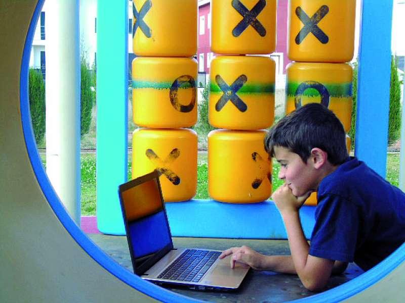 Un alumno del centro en el club juvenil