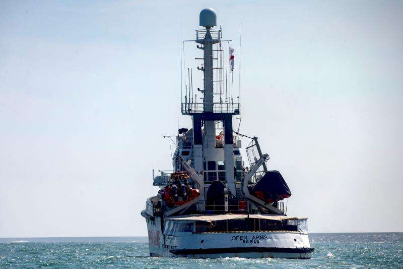 El buque de la ONG Proactiva Open Arms en el mar. EFE