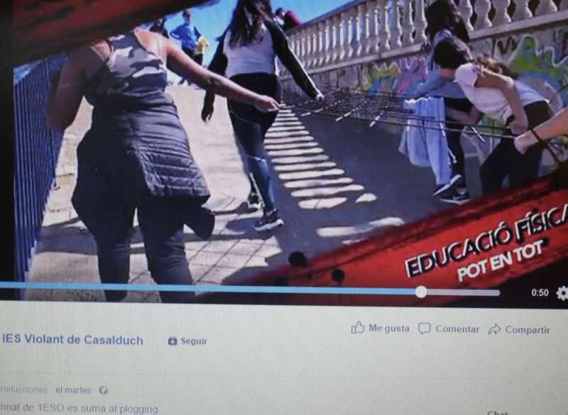 Frame del vídeo publicado por el colegio.