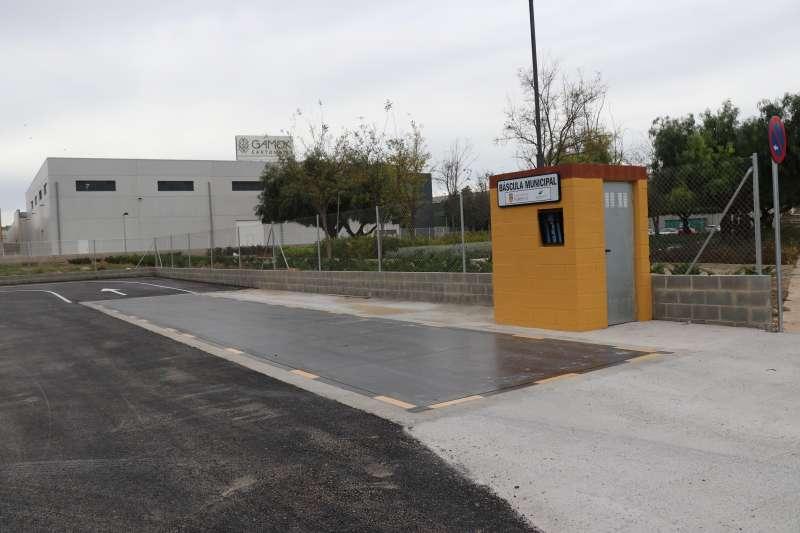 Báscula ubicada en el polígono industrial del Mas del Jutge de Torrent.