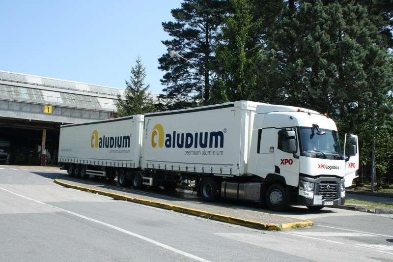 Megacamión de Aludium