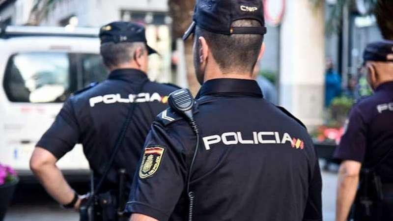 Agentes de Policia Nacional. EPDA.