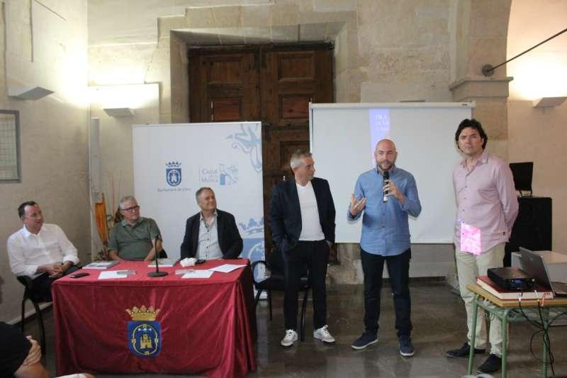 Presentación de las Fiestas de San Miguel en Llíria