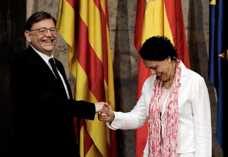 Ximo Puig ha recibido en el Palau a la Ministra de Trabajo, Migraciones y Seguridad Social, Magdalena Valerio. EFE