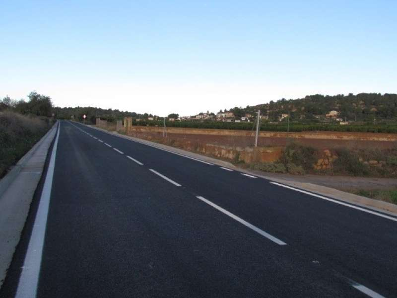 Punto kilométrico 1,5 tras las obras de mejora en la CV-364, en Benaguasil.