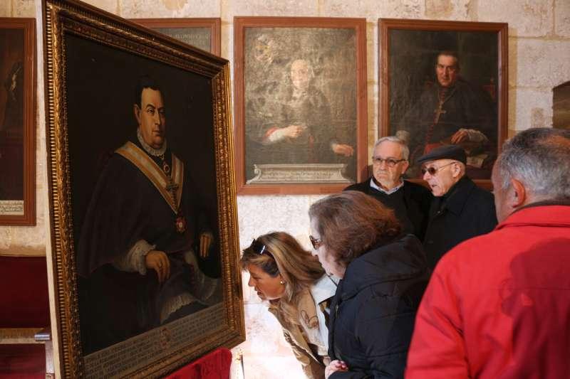 El retrato se presentó en el Aula Capitular