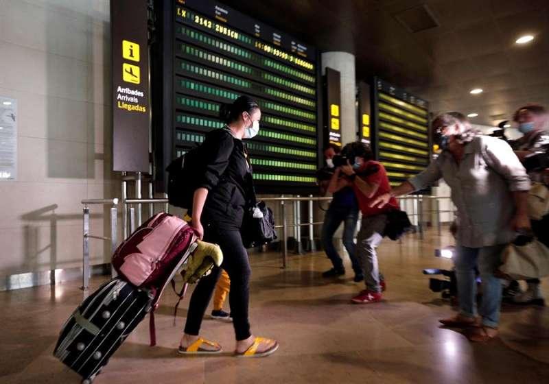 Pasajeros en el Aeropuerto de Manises