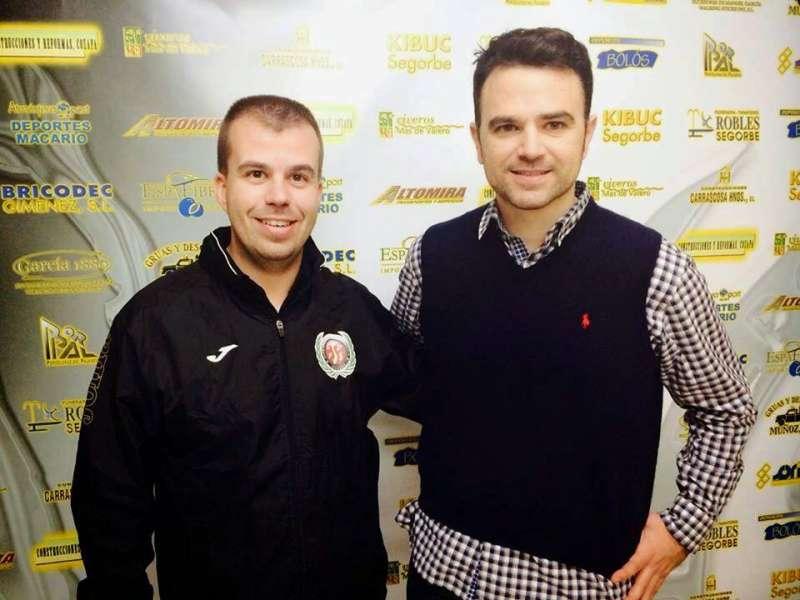 El Presidente, Nacho Cantó, con el nuevo entrenador, ïñiguez