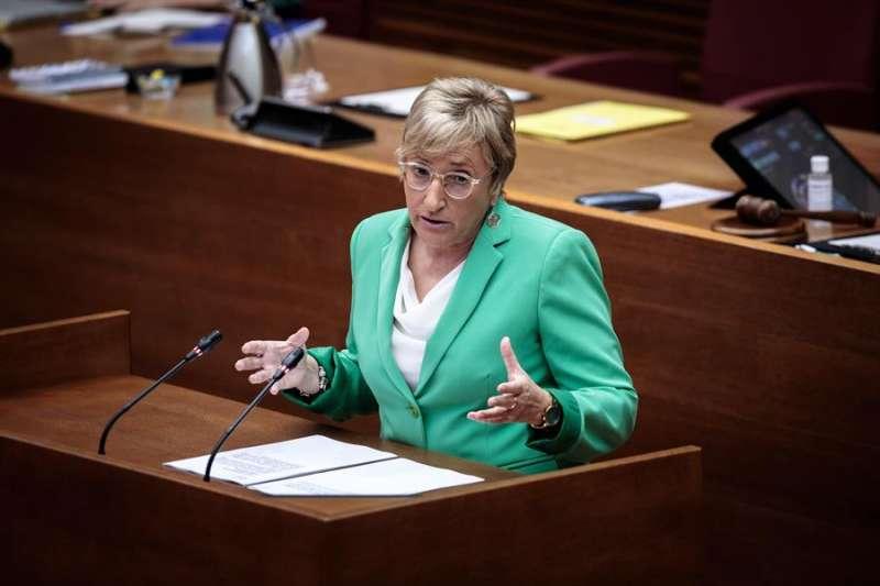 La consellera de Sanidad, Ana Barceló, comparece a petición propia ante la diputación permanente de Les Corts Valencianes. EFE