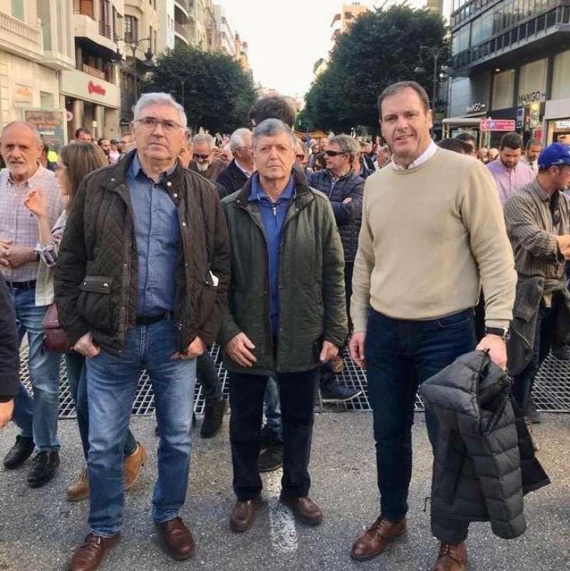 Campillo (centro) con Muniesa (dcha), en la marcha. EPDA