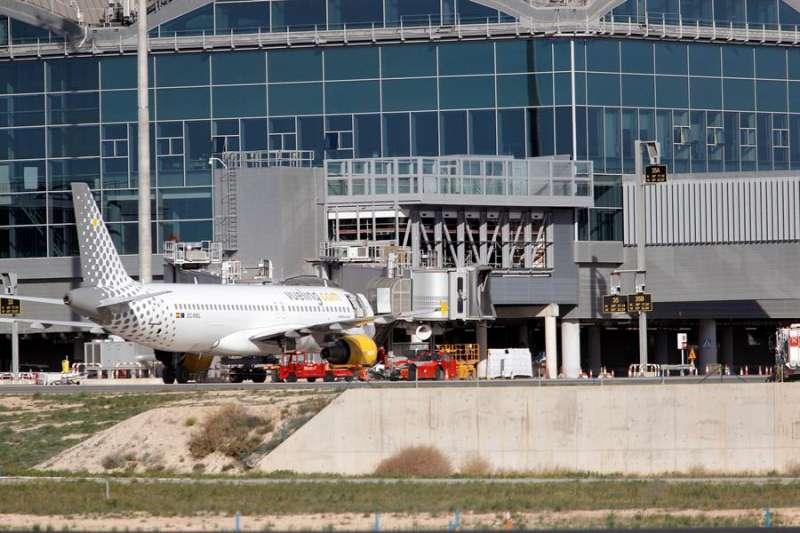 El aeropuerto de Alicante-Elche. EFE/ Morell/Archivo