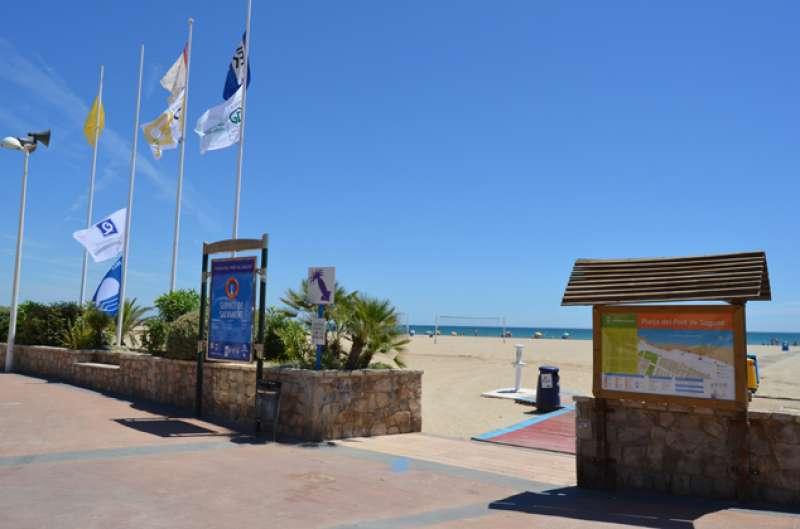 Banderas de las playas de Sagunt. EPDA