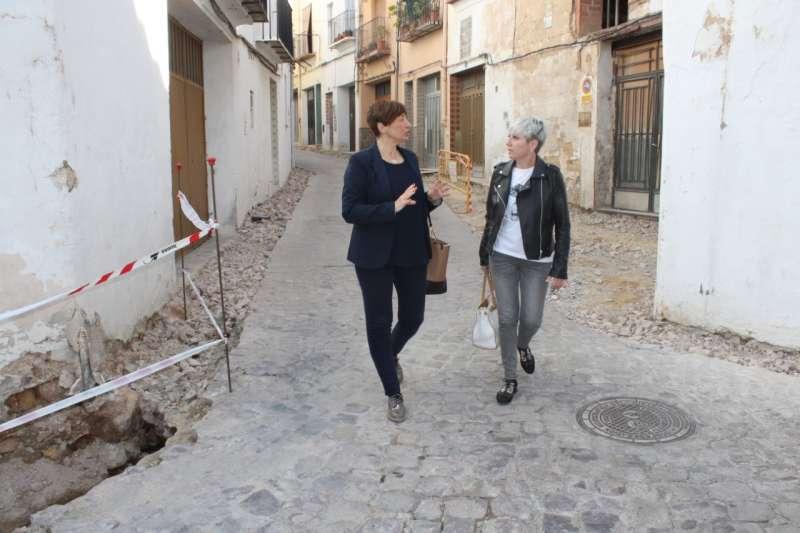 Mº Carmen Climent con Elena Vicente-Ruiz