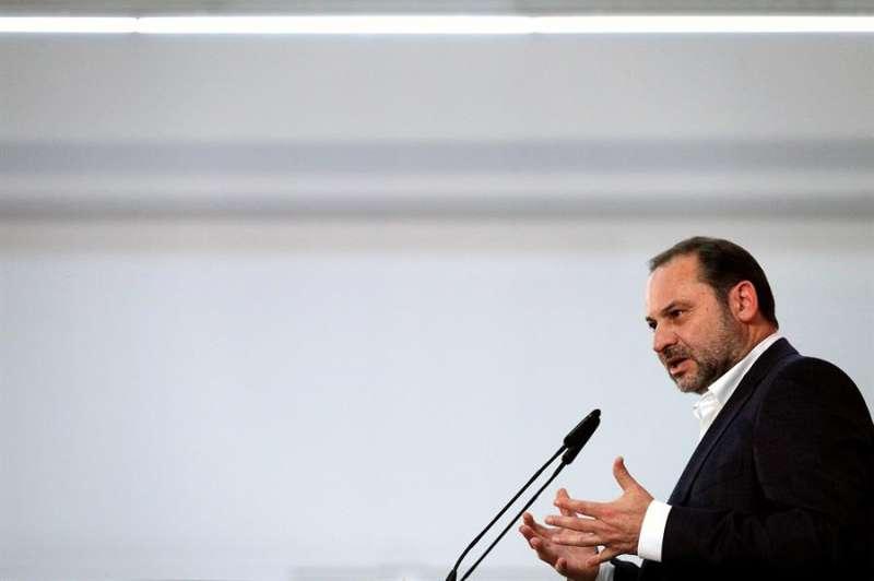El ministro de Fomento en funciones y secretario de organización del PSOE, José Luís Ábalos. EFE