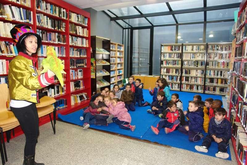Los escolares de Benaguasil participan en las sesiones de animación a la lectura de la Biblioteca
