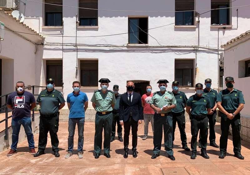Gaspar, con el Cuerpo de la Guardia Civil. EPDA