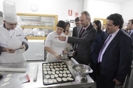 El President Fabra visita el Centro Integrado Público de Benicarló. Foto EPDA