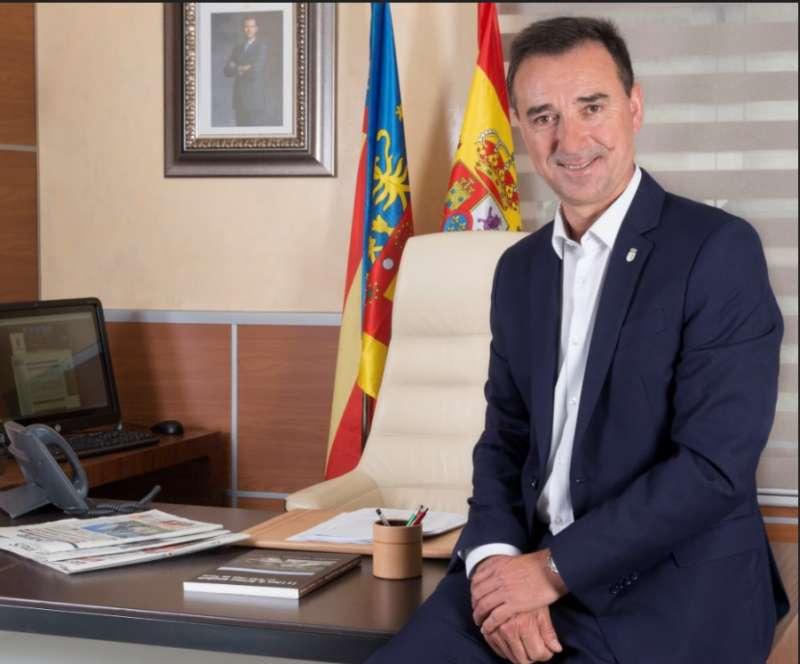 Roberto Raga, alcalde de Ribarroja del Turia
