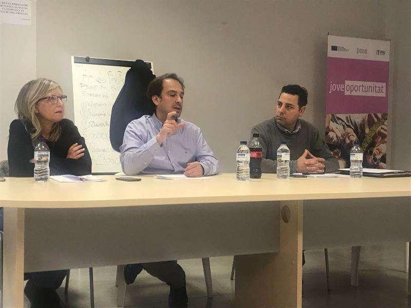 Reunión de Som Valencians. EPDA
